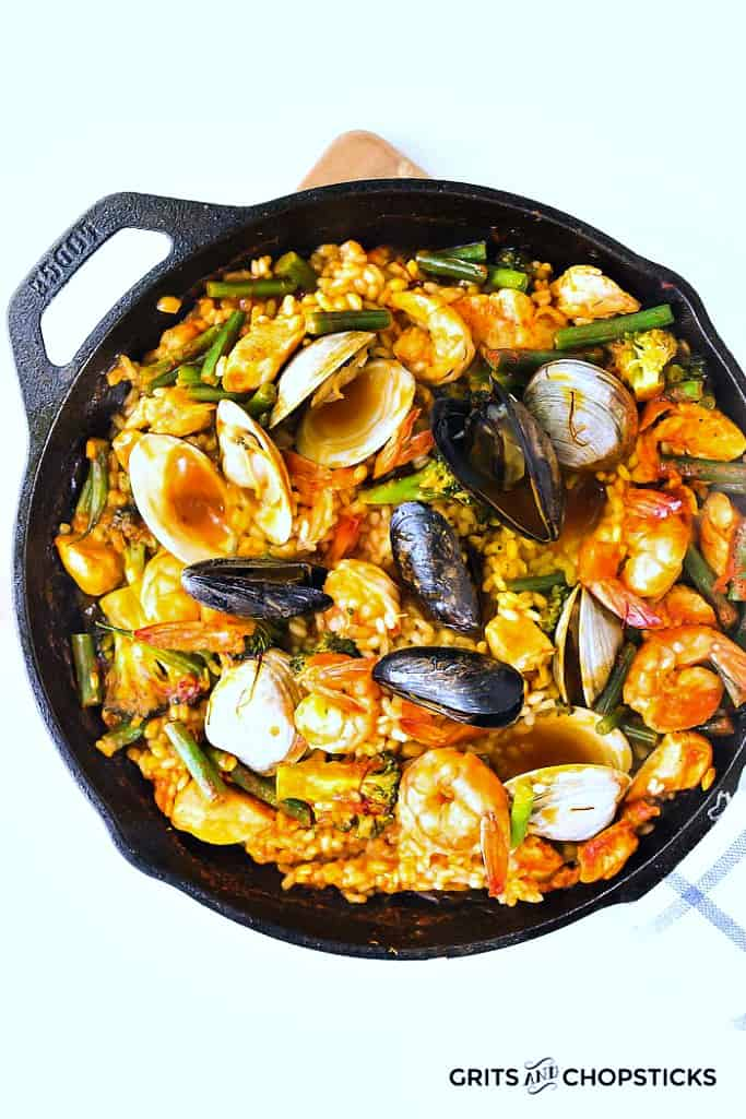Seafood Paella With Clams Shrimp Amp Mussels Grits And