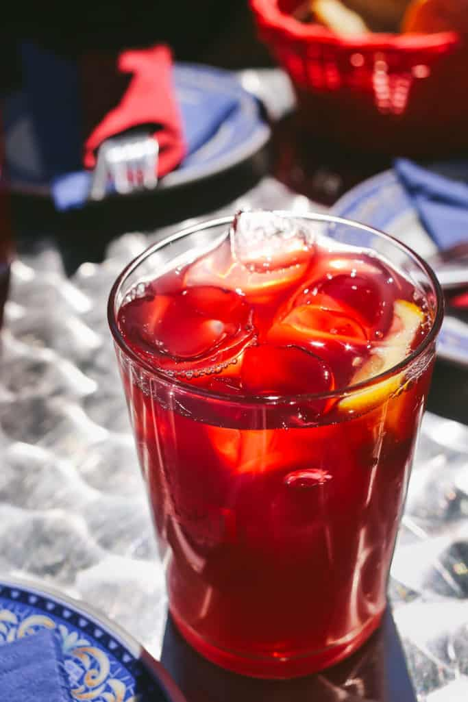 must eat foods in madrid - tinto de verano