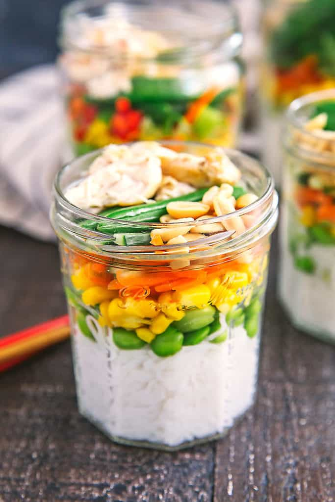 Vietnamese rainbow noodle jars for the win! Make these ahead of time for a quick and easy lunch on the go. Click here for the recipe.