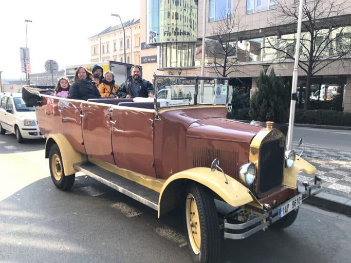 prague vintage car tour